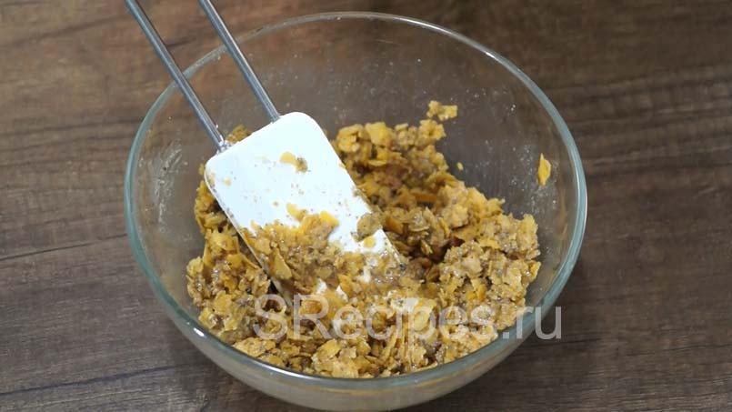 Вафельная посыпка перемешанная с ингредиентами